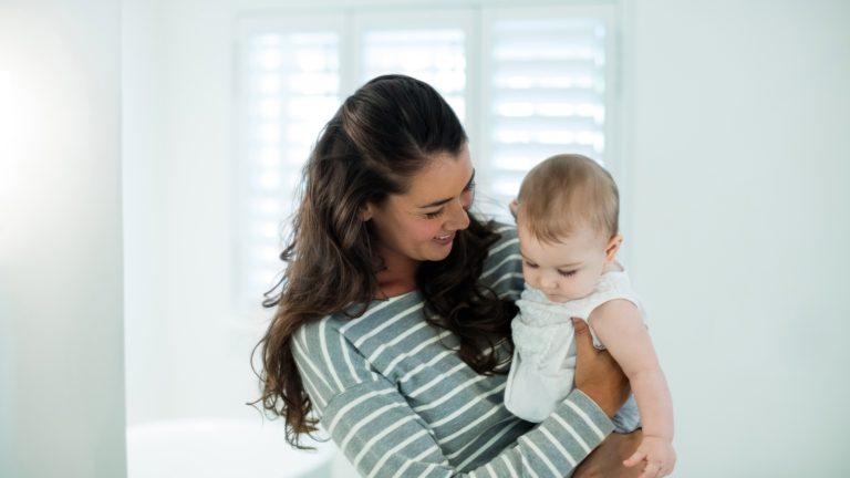 【医師監修】高精度に女の子を産み分けるには?可能性や方法を解説